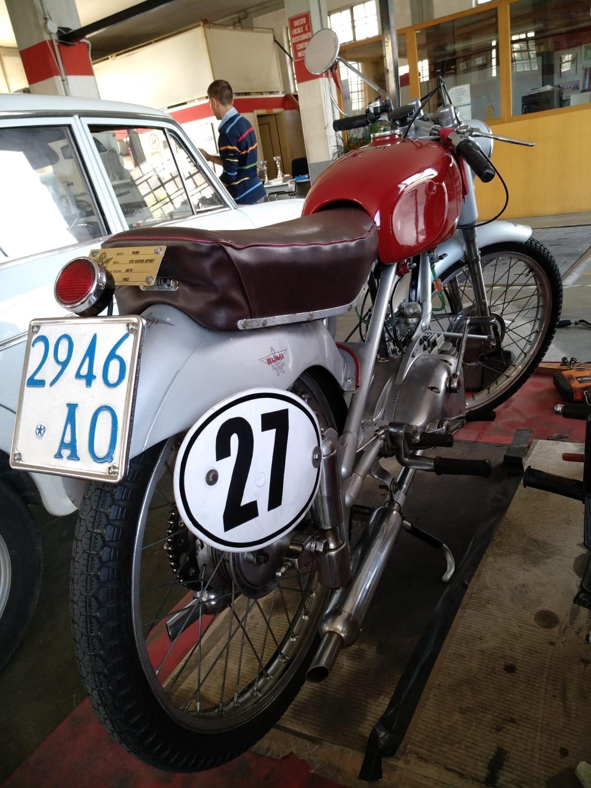 MOTO RUMI 125 SUPER SPORT
